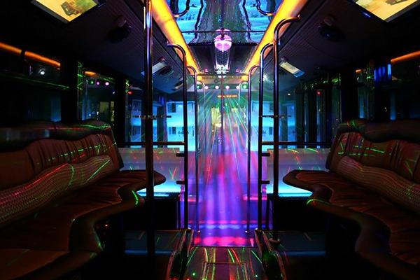 Iluminación del Discobus para despedidas
