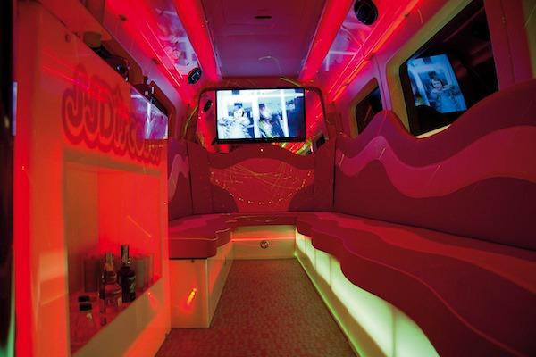 Interior mini discobus
